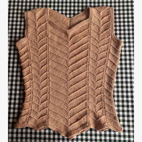 © Zigzag Top by Marianne Isager • www.ravelry.com