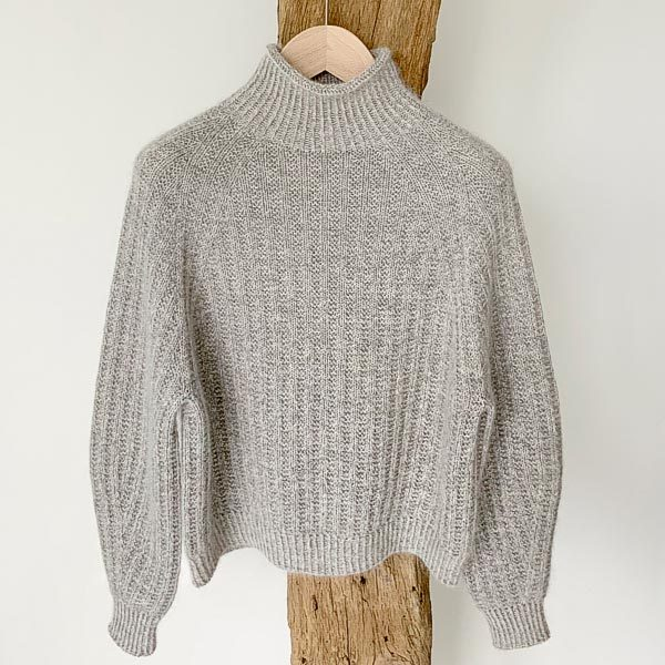© Ribbed Jumper by Anne Ventzel • www.ravelry.com